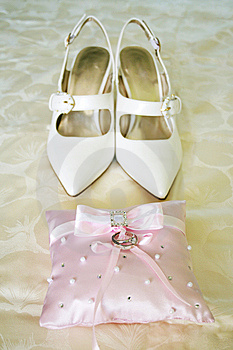 Wedding Rings And Shoes Stock Images - Image: 5992984