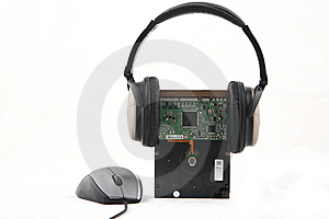 Hard Disk With Headphone Royalty Free Stock Images - Image: 6013449
