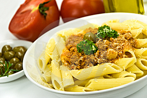 Spaghetti Bolognese With Parmesan Cheese And Olive Royalty Free Stock Photos - Image: 6046878