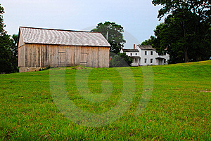 A New Barn Royalty Free Stock Images - Image: 6114759