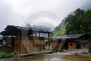 Cottage Of The Dulong Nationality Royalty Free Stock Photo - Image: 6136685