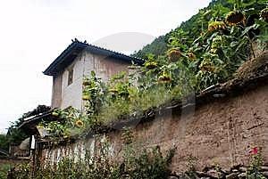 Cottage Of The Naxi Nationality Stock Photos - Image: 6136743
