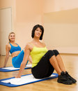 Women doing fitnees exercise Royalty Free Stock Photography