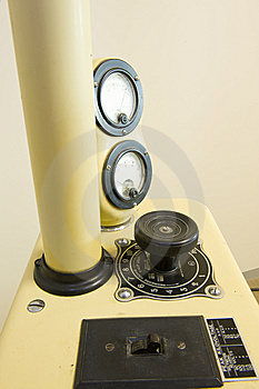 An Ancient Dental X-ray Machine Royalty Free Stock Image - Image: 6177336