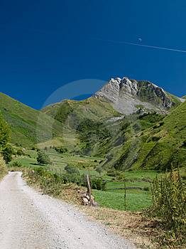 Rural Mountain Lane With Moon Royalty Free Stock Images - Image: 6199149