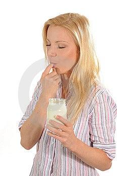 Apreciando O Iogurte Imagem de Stock - Imagem: 6243091