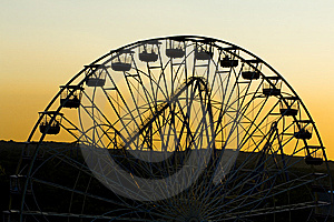Ferris Wheel At Sunset Royalty Free Stock Photography - Image: 6253157