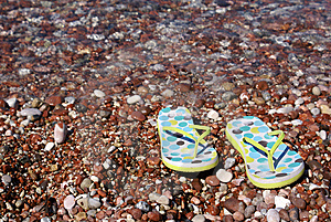 Gravel Beach Royalty Free Stock Photo - Image: 6264105