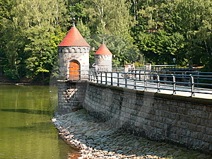 Dam Reservoir Stock Photos - Image: 6282003