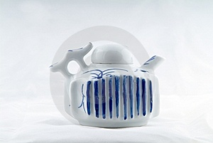 Ancient Teapot Royalty Free Stock Images - Image: 6290439