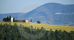 TUSCANY Countryside With Distant Farms Royalty Free Stock Image - Image: 6320816