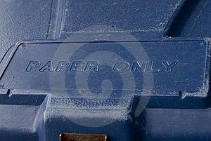 Niebieski Recyklingu Bin Zdjęcie Royalty Free - Obraz: 6329425