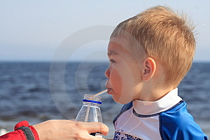Toddler At The Beach Stock Images - Image: 6406994