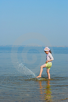 Child On River Royalty Free Stock Images - Image: 6409279