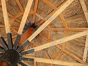 Hölzerner Regenschirm Stockfotos - Bild: 6411563