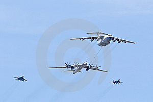 In-flight Refueling Stock Image - Image: 6437491