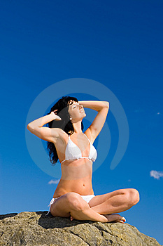 Woman Relaxation In The Beach Royalty Free Stock Images - Image: 6482129