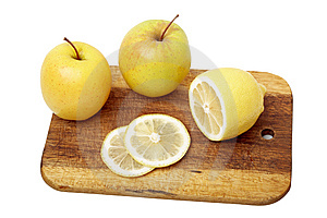 The Apple And Lemon Royalty Free Stock Images - Image: 6542119