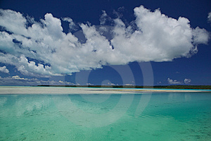 Tahitian Lagoon Royalty Free Stock Photos - Image: 6571758