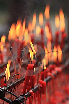 Candles In Shuang-gui Tang Temple Royalty Free Stock Images - Image: 6585459