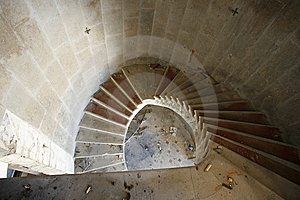 Spiral Staircase In An Abandoned Hotel Royalty Free Stock Images - Image: 6601269