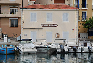 Bureau Du Port In Cassis Royalty Free Stock Photography - Image: 6602137