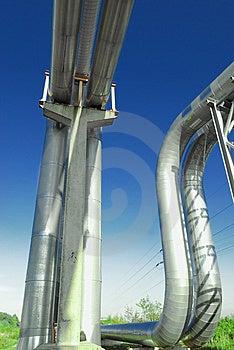 Industrielle Rohrleitungen Stockbilder - Bild: 6611094