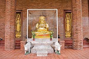 Golden Buddha Stock Images - Image: 6633184