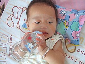 Drinking Water Baby Stock Photos - Image: 6676123