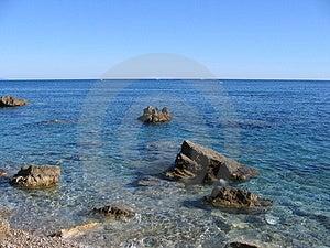 Kamene v oceáne.