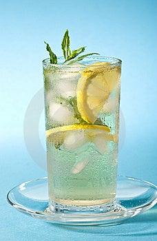 Zimna Herbata Zdjęcia Royalty Free - Obraz: 6736768