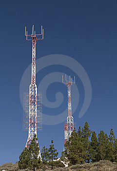 Telecommunications Tower For Broadcasting Stock Images - Image: 6744544