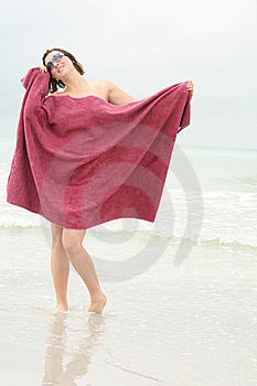 Babe At The Beach Royalty Free Stock Photo - Image: 6776595