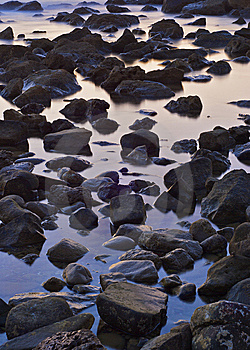 The Stone In The Sea Water Stock Photography - Image: 6784512