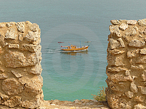 Boat Seen From Sagre's Fortress Royalty Free Stock Images - Image: 6788099