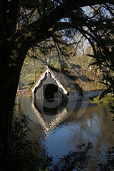 Scotney Castle Boathouse Stock Photos - Image: 6793123