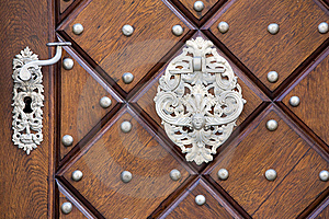 Metal Door Handle Stock Images - Image: 6820424