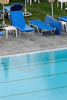заплывание бассеина Стоковые Фото - изображение: 6865223