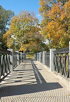 De Herfstpark Stock Fotografie - Afbeelding: 6869572