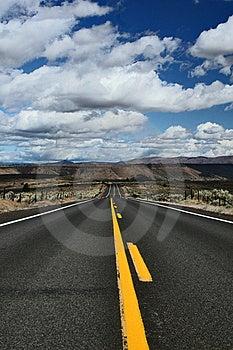 Long Road Royalty Free Stock Photo - Image: 6897625