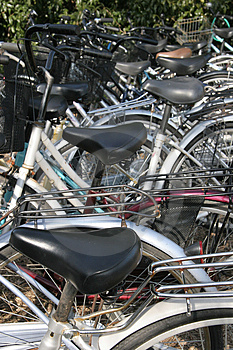 Parking de bicyclette. Image libre de droits