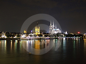 Kölner Dom NightView 2008-July Royalty Free Stock Photos - Image: 7018568