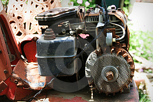 Rusted  Motor Royalty Free Stock Images - Image: 733589