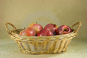 Red Apples In Basket Royalty Free Stock Photography - Image: 7702757