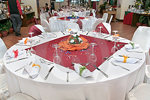 Restaurant Table Setup Royalty Free Stock Images - Image: 7746169