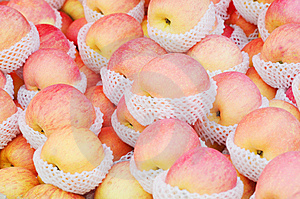 The Ripe And Luscious Apples Royalty Free Stock Photos - Image: 7762248