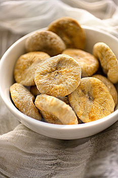 Dry Figs In Bowl Stock Images - Image: 7765514