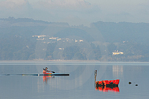 Sillouette Of Man Kayaking Royalty Free Stock Images - Image: 7771819