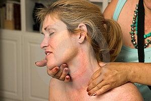 Belle femme recevant le massage 70 Image libre de droits