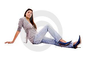 Seitenansicht Der Jungen Weiblichen Schauenden Kamera Lizenzfreies Stockfoto - Bild: 7823335